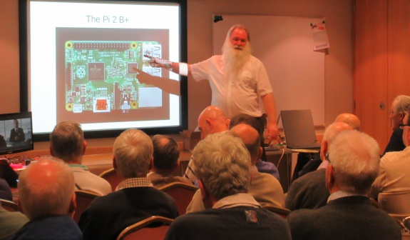 Peter G0DZB explaining the Raspberry Pi board layout