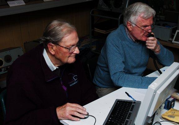 John G1UZD operating and Brian G3CVI logging