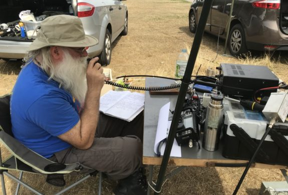 Peter G0DZB in voice QSO with W4UW in Tenassee