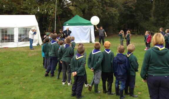 Chris M6EDF launches the JOTA1 high altitude balloon