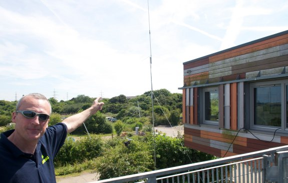 Event organiser Neil G0RNU showing the antennas