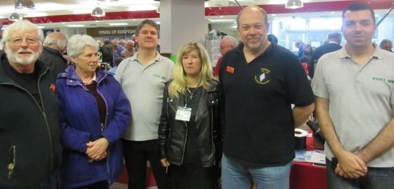 Chris, Stella, Pete, Dorothy, Steve and Charlie at Kempton 2015