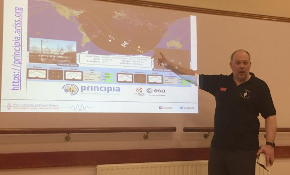 Steve M1ACB from the RSGB, explaining the ISS tracking dashboard