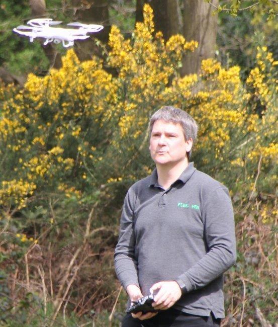 Pete M0PSX flying the Essex Ham Quadcopter