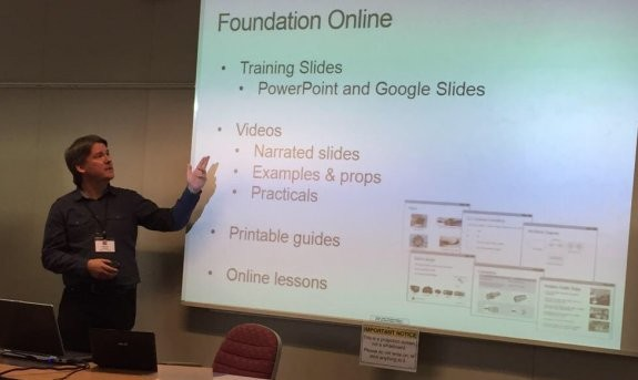 Pete M0PSX talking 'Foundation Online at the RSGB Convention (Pic: Trevor M5AKA)