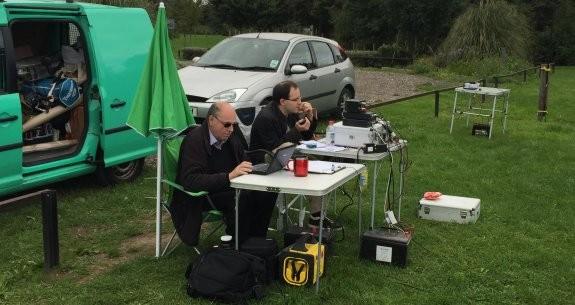 Steve 2E0UEH and Rob 2E0LMX working at Shoebury East Beach in Sept 2015