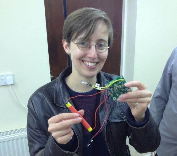 Laura M6LHT, with her LW Lightning Detector Kit at Skills (Pic: Trevor M5AKA)