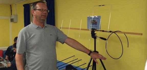 Steve M0SHQ - more on working satellites and some handy AMSAT info