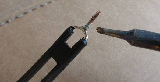 Solder the top and bottom of the ladder line