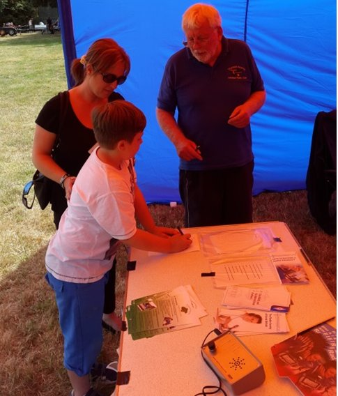 Thurrock Acorns Support Thurrock Scouts July 2015